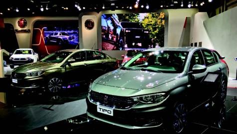 Fiat Tipo este  AUTOBEST 2016