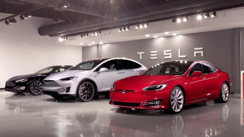Tesla concedieri