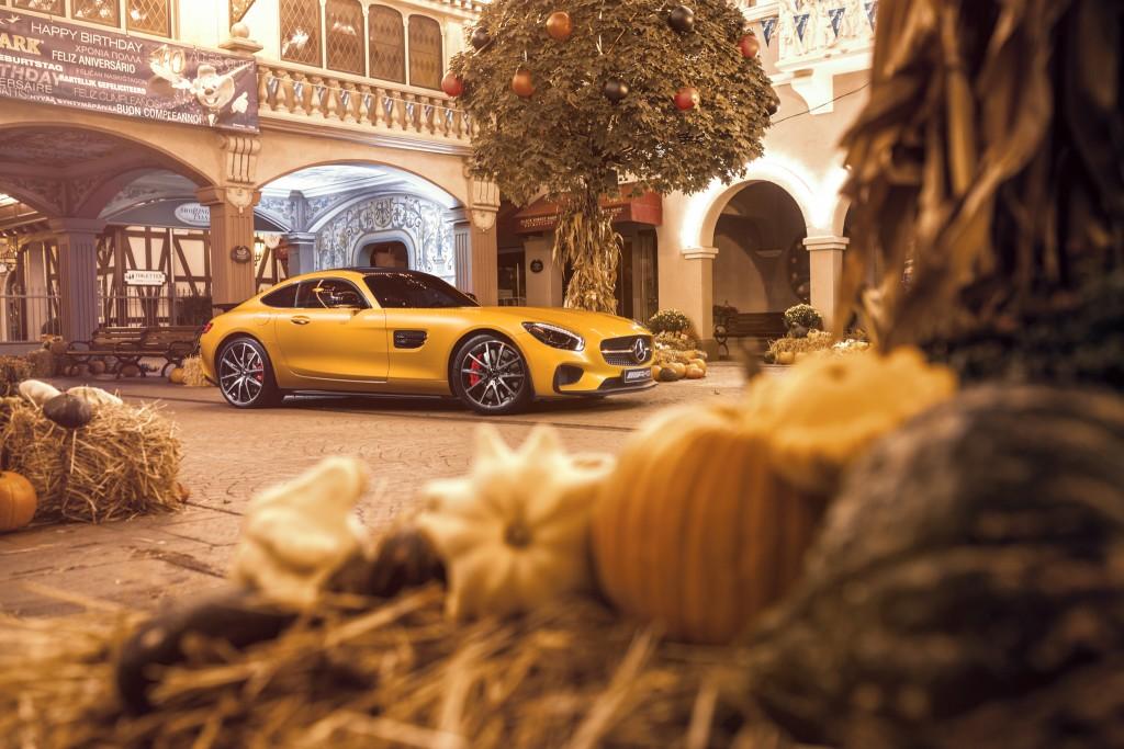 Mercedes-AMG_GT-S_Europa-Park_Halloween-06