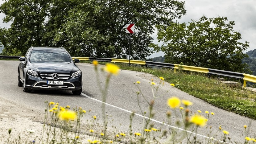 Mercedes-Benz E-Class All-Terrain (13)