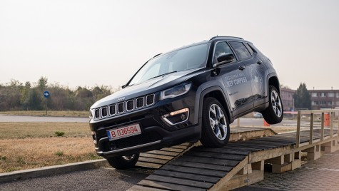 Preturi Jeep Compass: Cat costa noul SUV in Romania