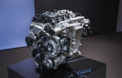 Cum funcționează motorul revoluționar Mazda SKYACTIV-X (VIDEO)