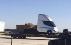 Cum arată primul camion Tesla. Lansarea, pe 26 octombrie