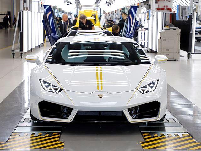 Lamborghini Huracan Papa Francisc (3)