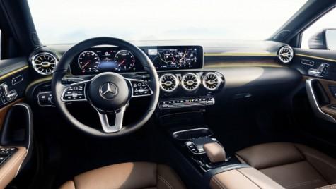 Revoluție digitală: Interiorul noului Mercedes-Benz A-Class