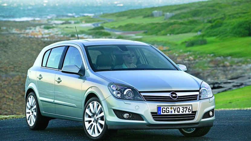 Opel-Astra-216918