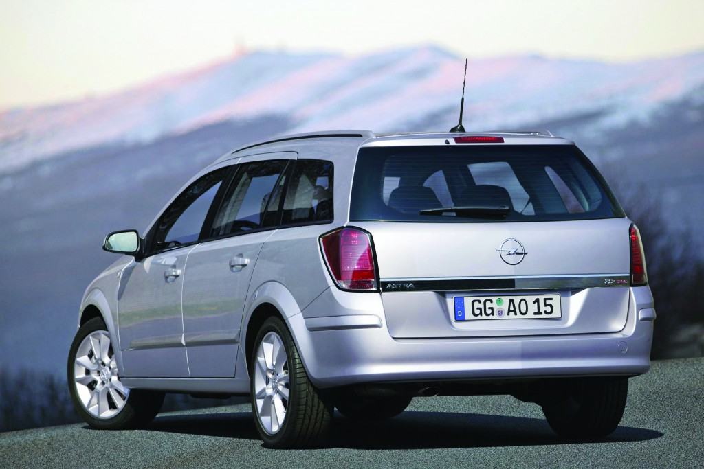 Opel-Astra-Station-Wagon-76076