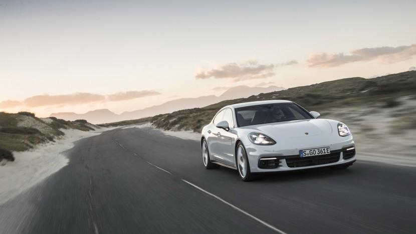 Porsche-Panamera4-EHybrid-01