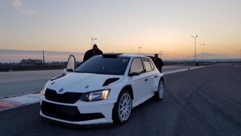 Titi Aur și-a primit mașina cu care revine în 2018