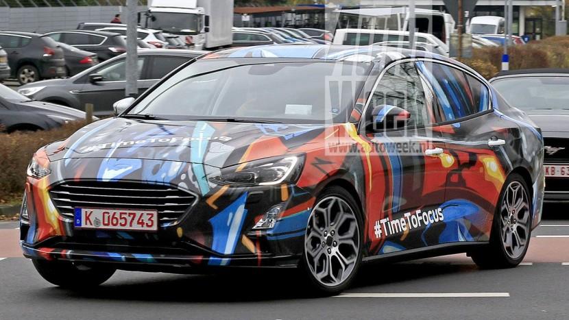 ford-focus-sedan (6)