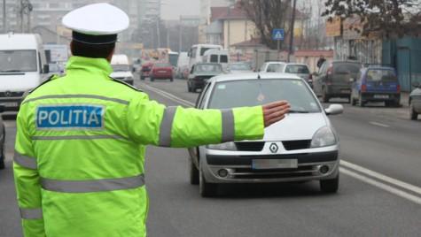 Aproape 600 de șoferi au rămas fără permis în vacanță