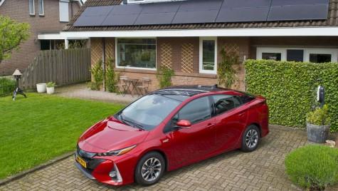 Revoluția Toyota: 10 modele electrice, începând cu 2020