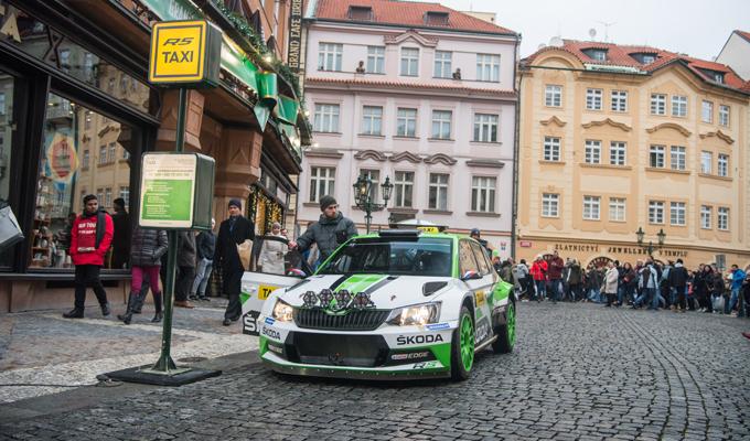 Skoda Fabia R5 taxi Praga
