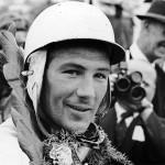 Legendarul Stirling Moss se retrage din sporturile cu motor la 88 de ani