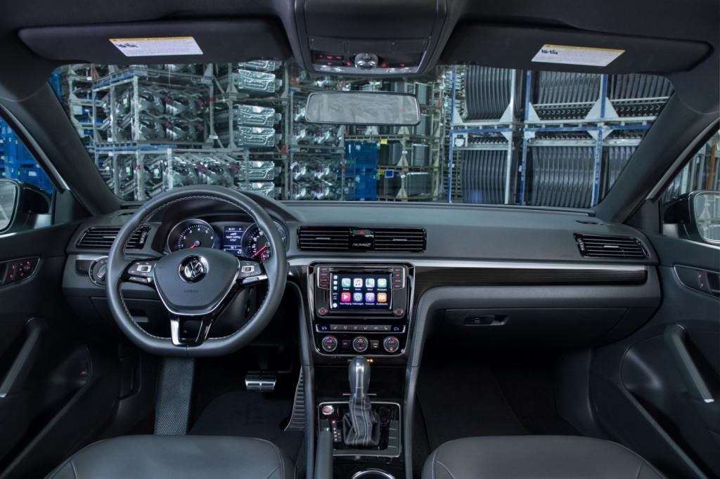 Volkswagen Passat GT (9)