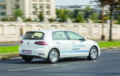 Peste un sfert dintre clienții de mașini electrice și plug–in hybrid din România au ales Volkswagen