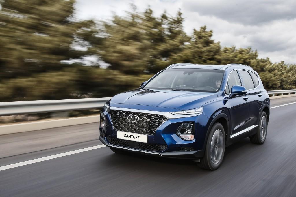 2019-Hyundai-Santa-Fe-86