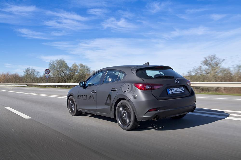 Mazda3 2019 test drive (2)