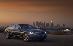 Taxiurile autonome la care lucrează Mercedes și Bosch vor ajunge în curând pe șosele