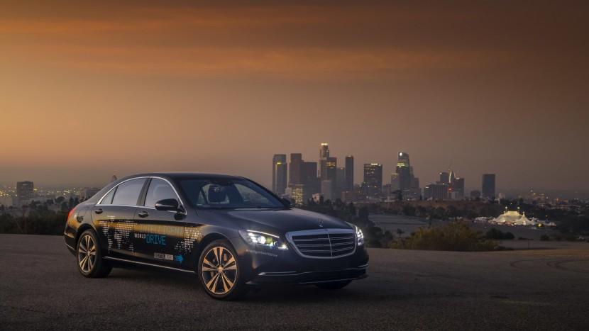 taxiurile autonome Mercedes-Benz