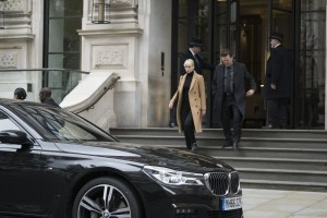 BMW Seria 7 Red Sparrow