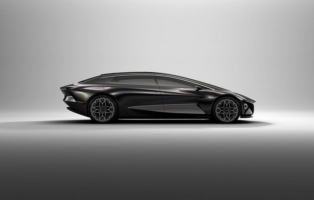 Aston Martin Lagonda Vision (9)