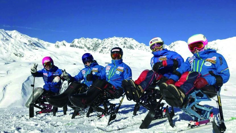 Echipa japoneză de para ski KYB