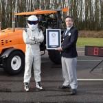 Stig de la Top Gear a bătut recordul de viteză la volanul unui… tractor
