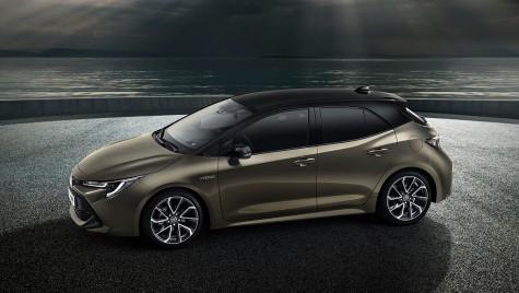 LIVE DE LA GENEVA: Noua Toyota Auris – Sayonara, diesel!