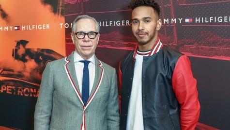 Tommy Hilfiger îl anunță pe campionul mondial de Formula 1, Lewis Hamilton, ambasador pentru Tommy Hilfiger Men's