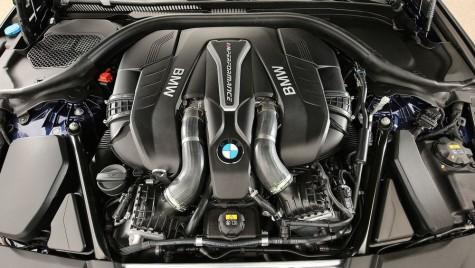 BMW Seria 7 rămâne fără motorizare pe benzină