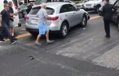 Dreptate cu toporul! Martorii fac orice să împiedice un șofer să fugă de la locul accidentului