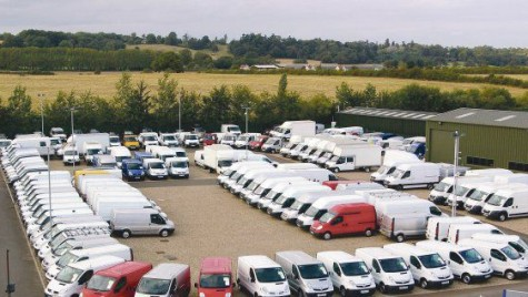 Creștere de 5% la înmatriculările de vehicule comerciale noi în UE în februarie