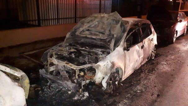 Piromanul 8 mașini incendiate
