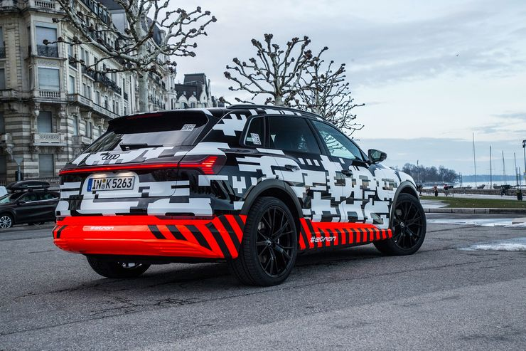 Audi e-tron Quattro (10)