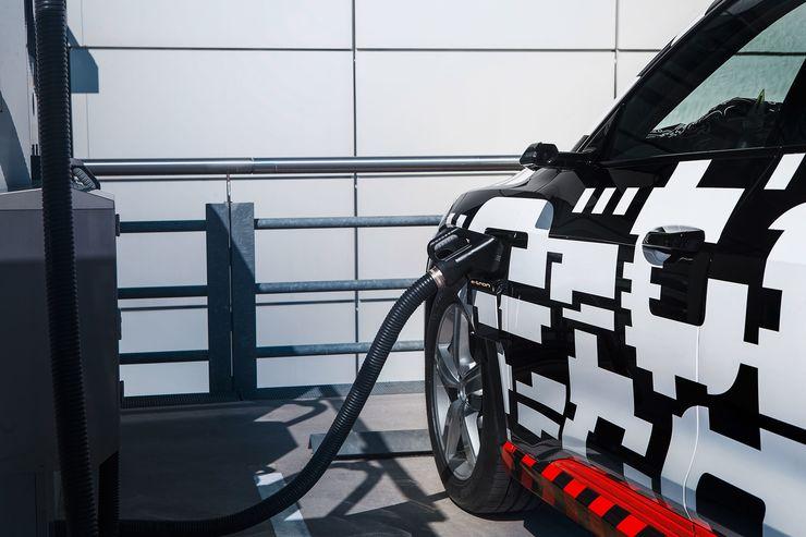 Audi e-tron Quattro (8)