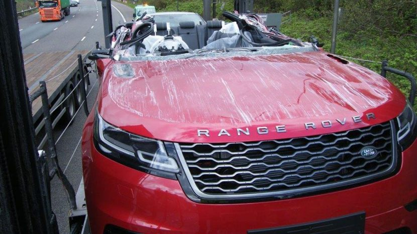 Range Rover Velar accident