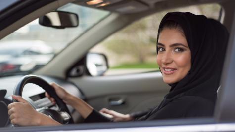 Ziua care schimbă istoria – Femeile au voie să conducă în Arabia Saudită