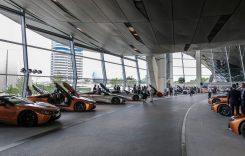 18 unități BMW i8 Roadster au fost livrate toate odată