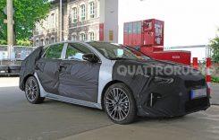 O nouă versiune Kia Ceed, surprinsă în teste cu cel mai gros camuflaj