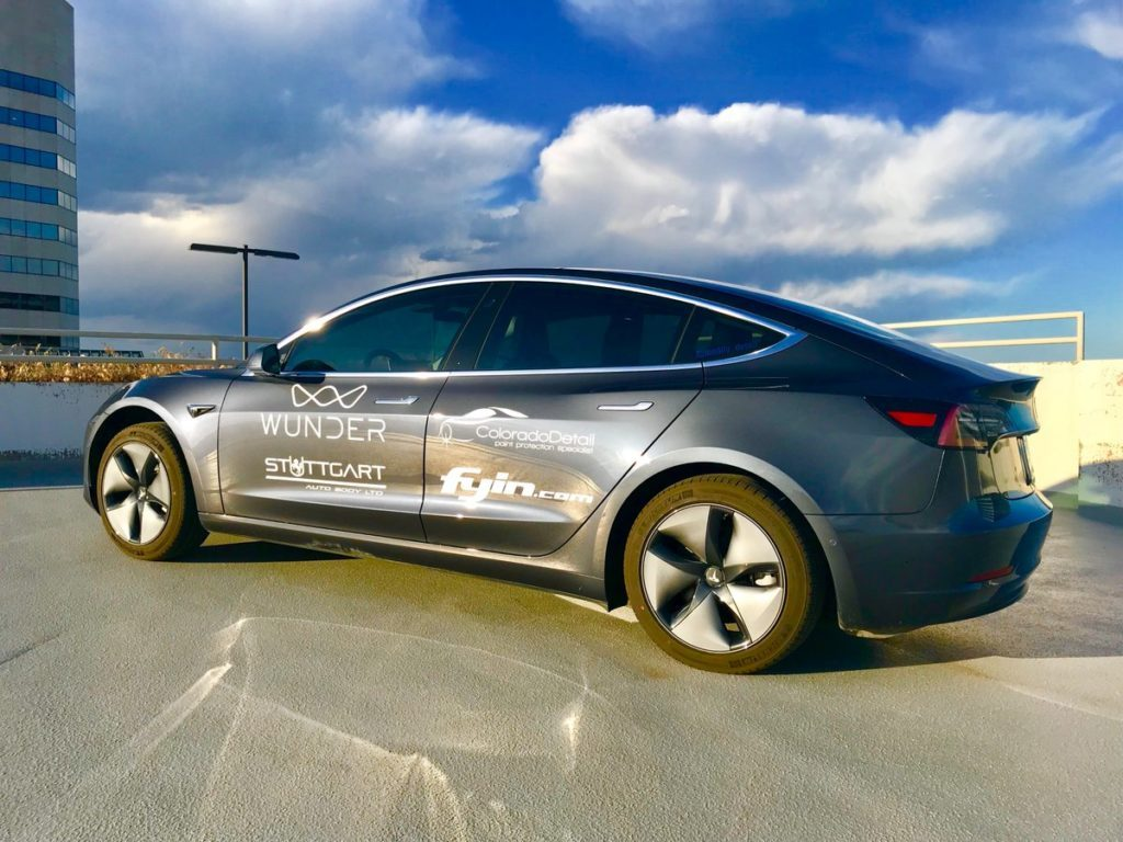 Tesla Model 3 - autonomie record 3