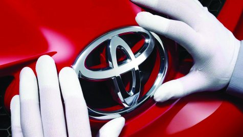 Toyota recheamă la service 1,6 milioane de automobile
