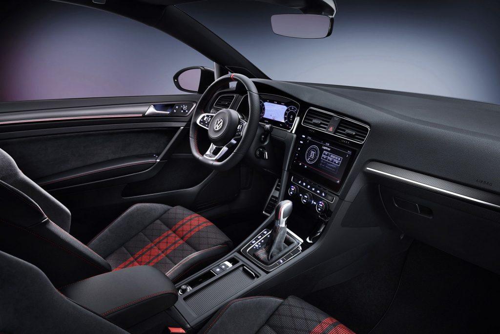 Volkswagen Golf GTI TCR (7)