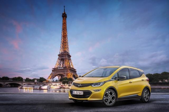 Opel, Saloane Auto