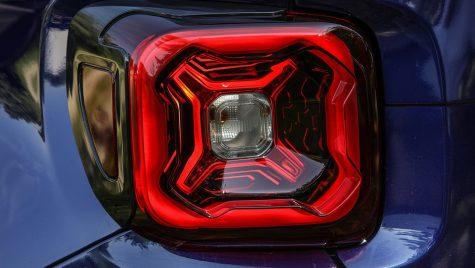Jeep Renegade facelift va fi prezentat în curând. Compania renunță la motoarele diesel până în 2022