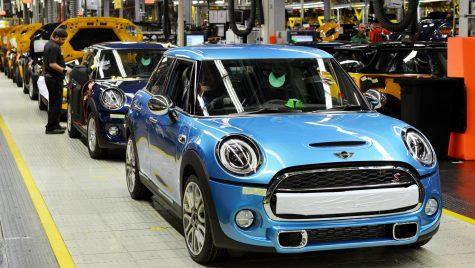 Brexit nu va determina închiderea uzinelor BMW din Marea Britanie