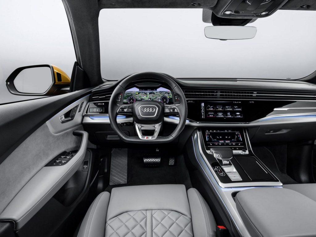 Audi Q8 (13)