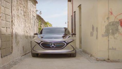 Conceptul Mercedes-Benz EQA apare într-un clip promoțional în Sicilia