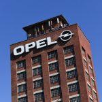 Anchetă la Opel pentru dispozitive de trucare a emisiilor la trei modele