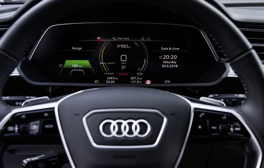 Audi e-tron interior (3)